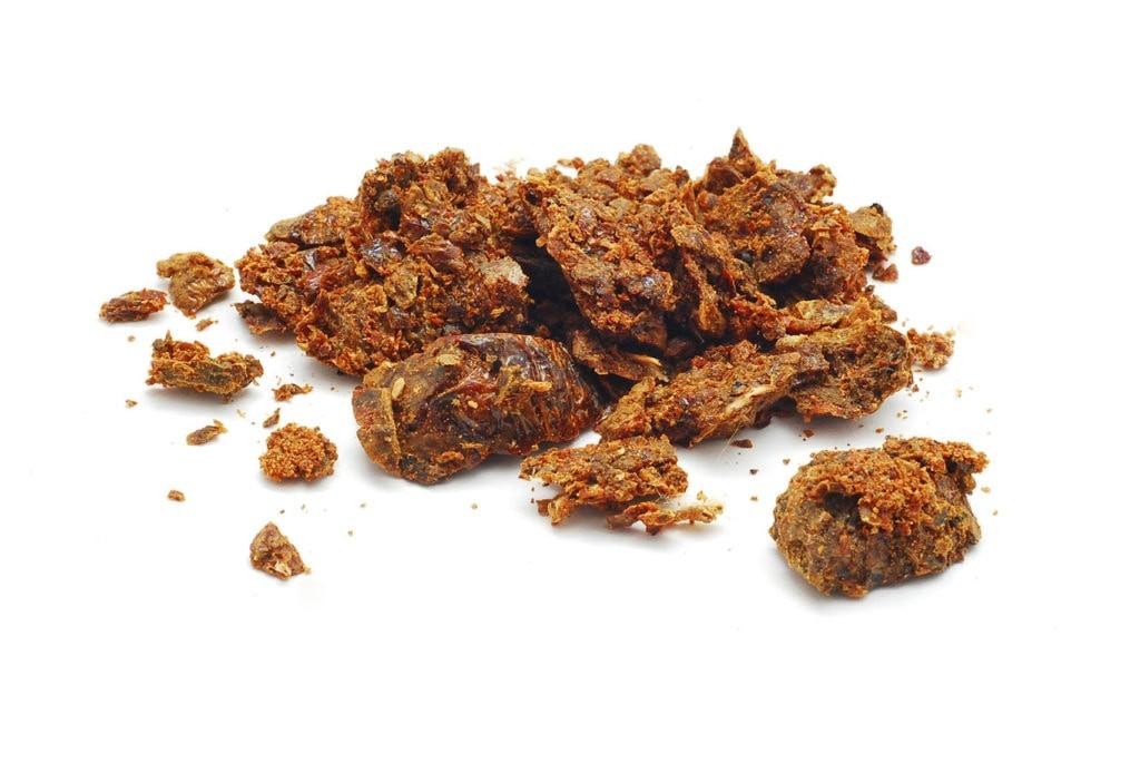 Прополис - один из продуктов жизнедеятельности пчел