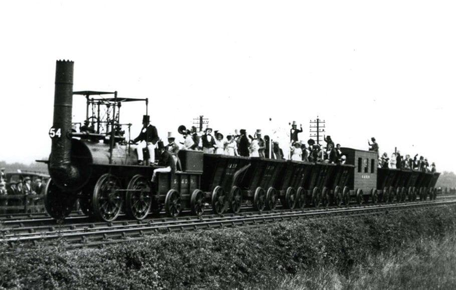 Первый локомотив
