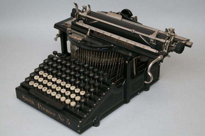 Пишущая машинка Smith Premier