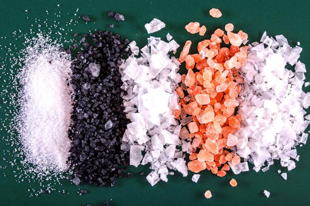 Дополнительные примеси определяют цвет соли