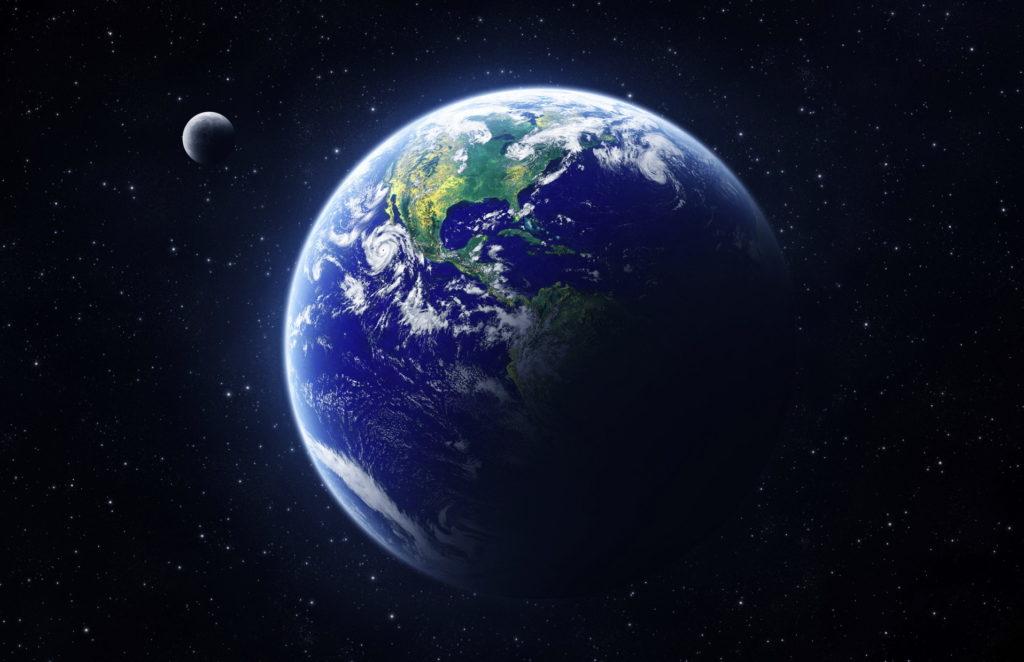 Изображение Земли и ее спутника - Луны