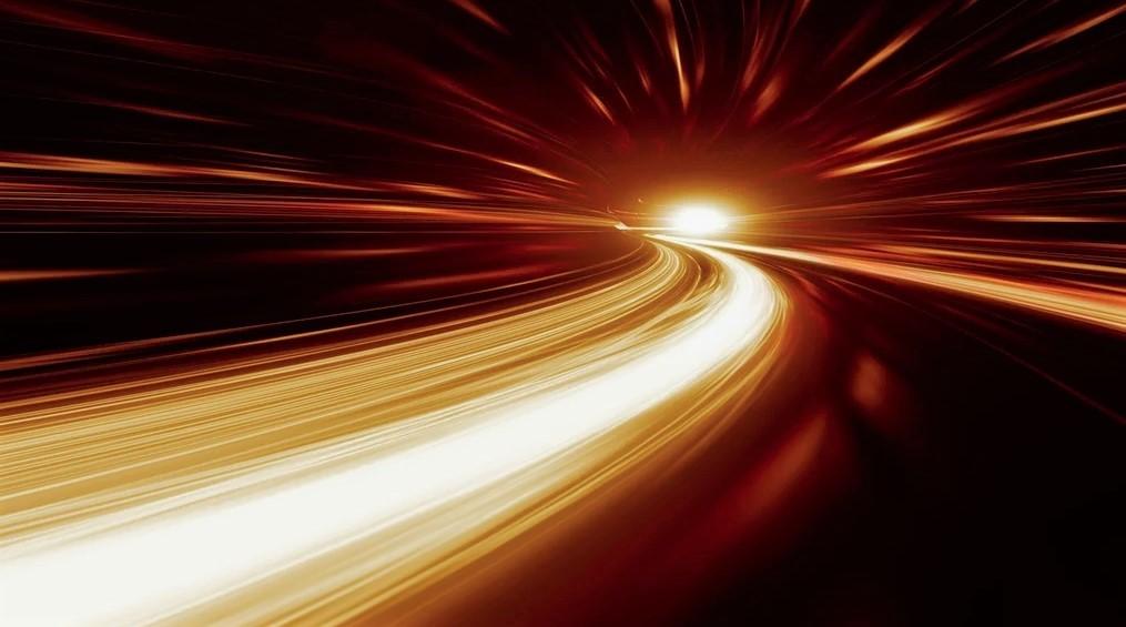Можно ли управлять скоростью света?