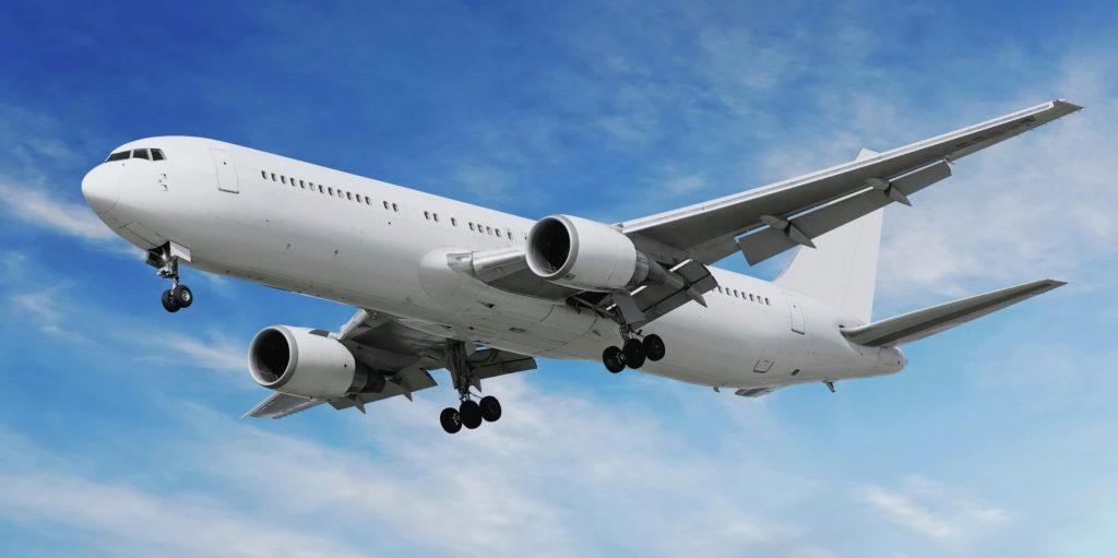 Корпус самолета от взлета до посадки может проходить через перепад температуры на 100 градусов