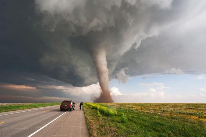 Смерч и торнадо: что это, как образуется, классификация, как спастись, фото и видео
