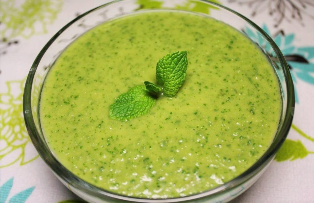 Гороховый крем-суп с мятой