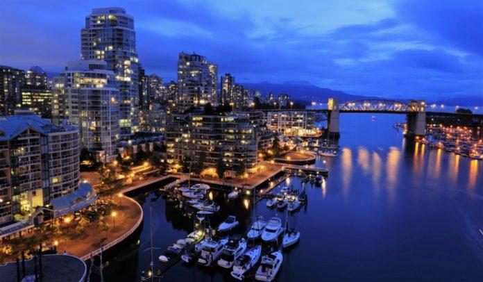 Ученые измерили уровень светового загрязнения морского дна возле городов