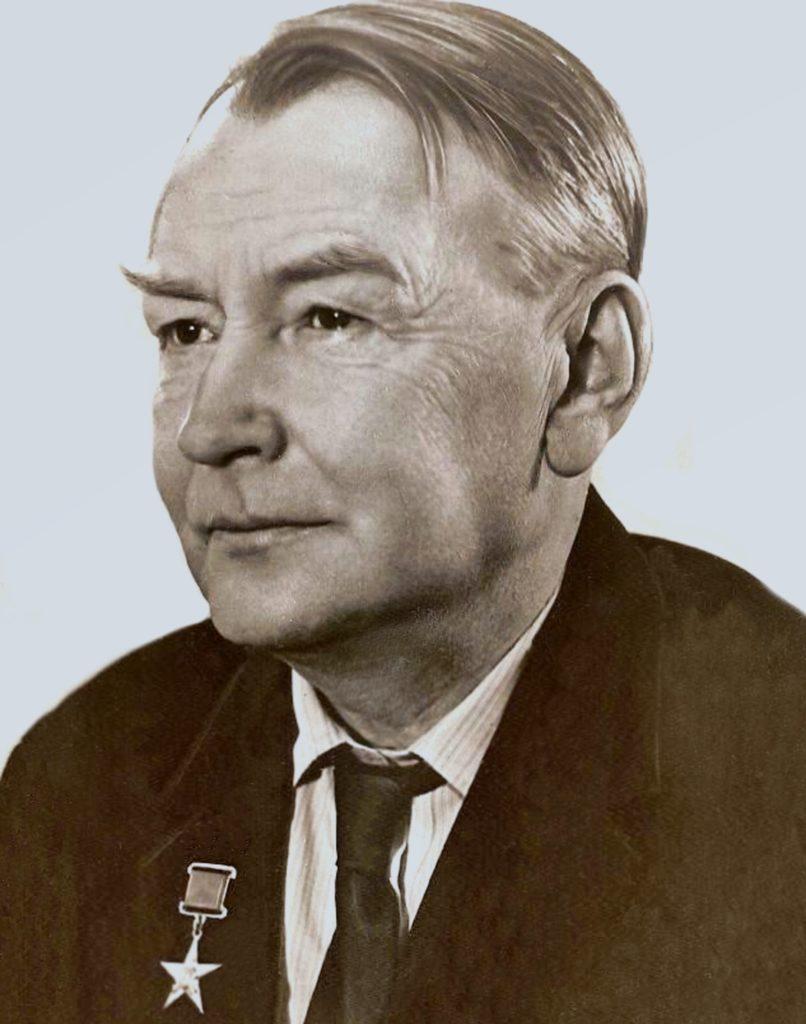 Советский конструктор Тихонравов Михаил Клавдиевич