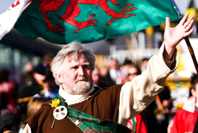 Почему жители Уэльса – валлийцы, а не уэльсцы или уэльсяне?
