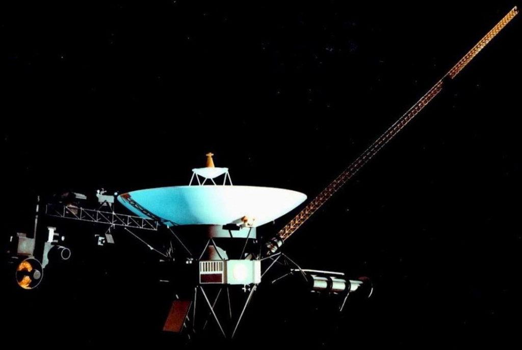 Фото аппарата Вояджер-2