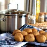 Почему при варке картофеля образуется пена?